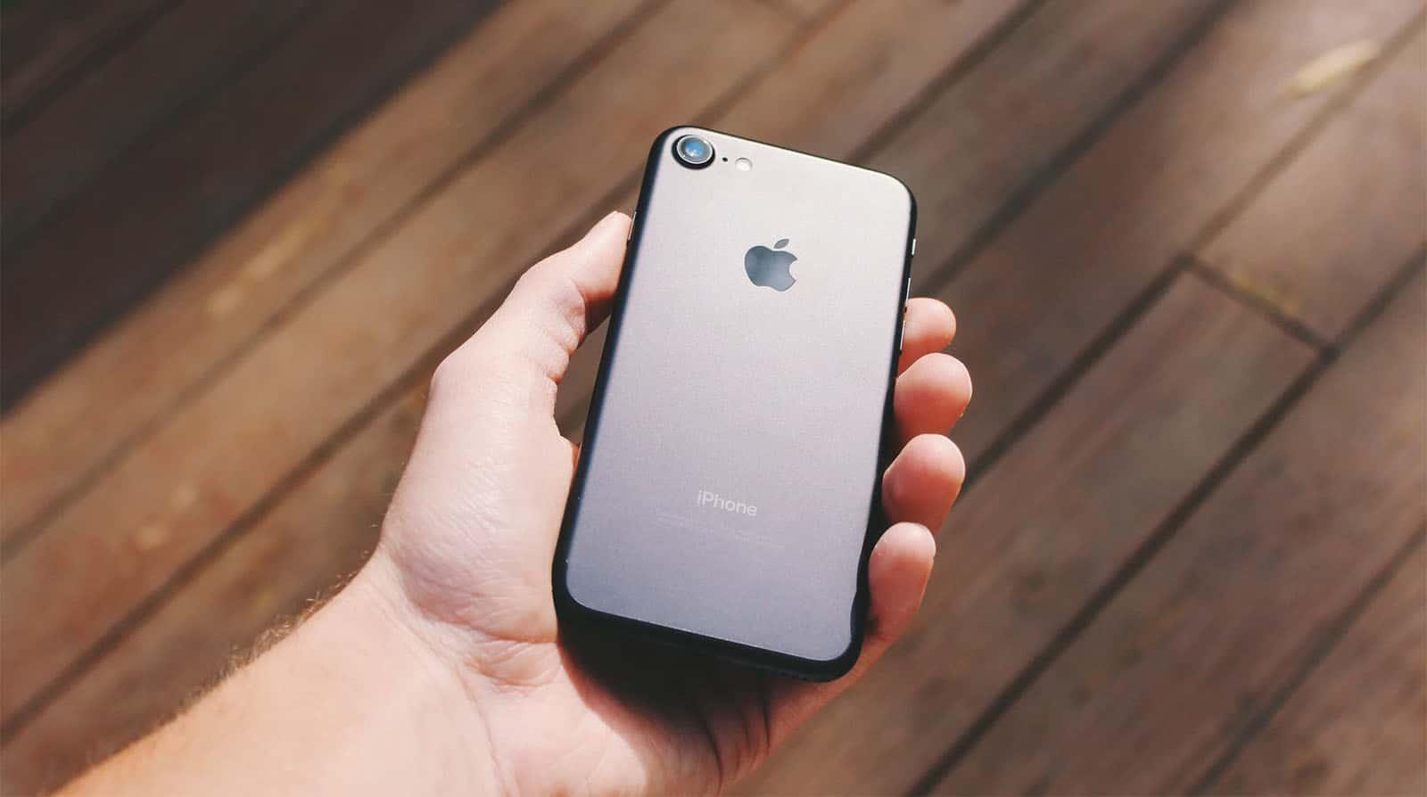 نتيجة بحث الصور عن iPhone 9