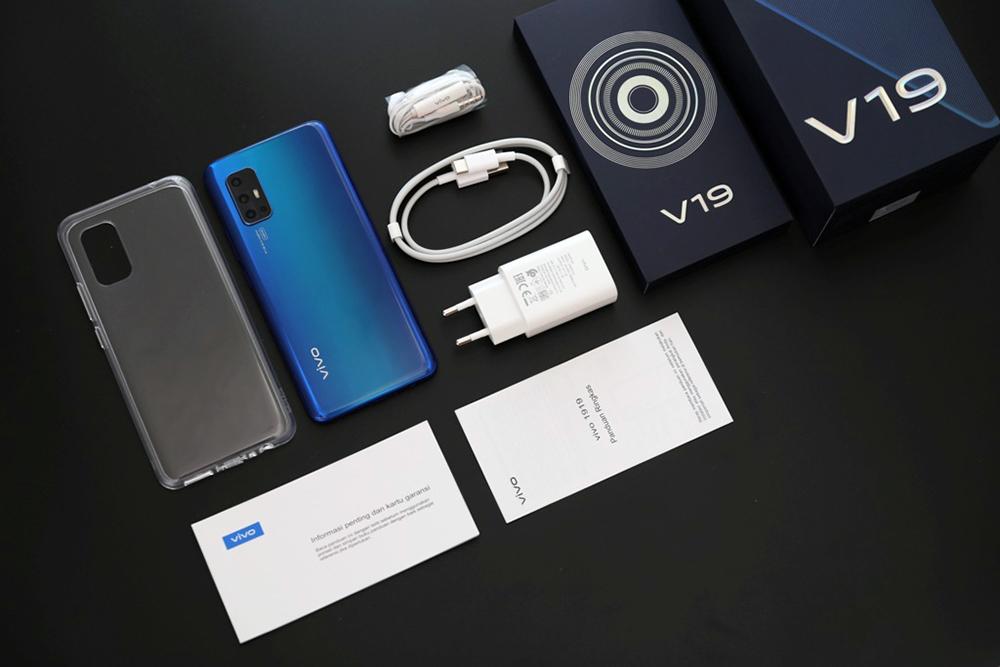 مراجعة Vivo V19 المتوسط