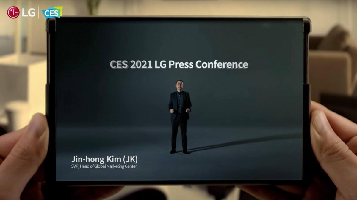LG تؤكد أن هاتفها الأول القابل للطي الدائري سيأتي هذا العام