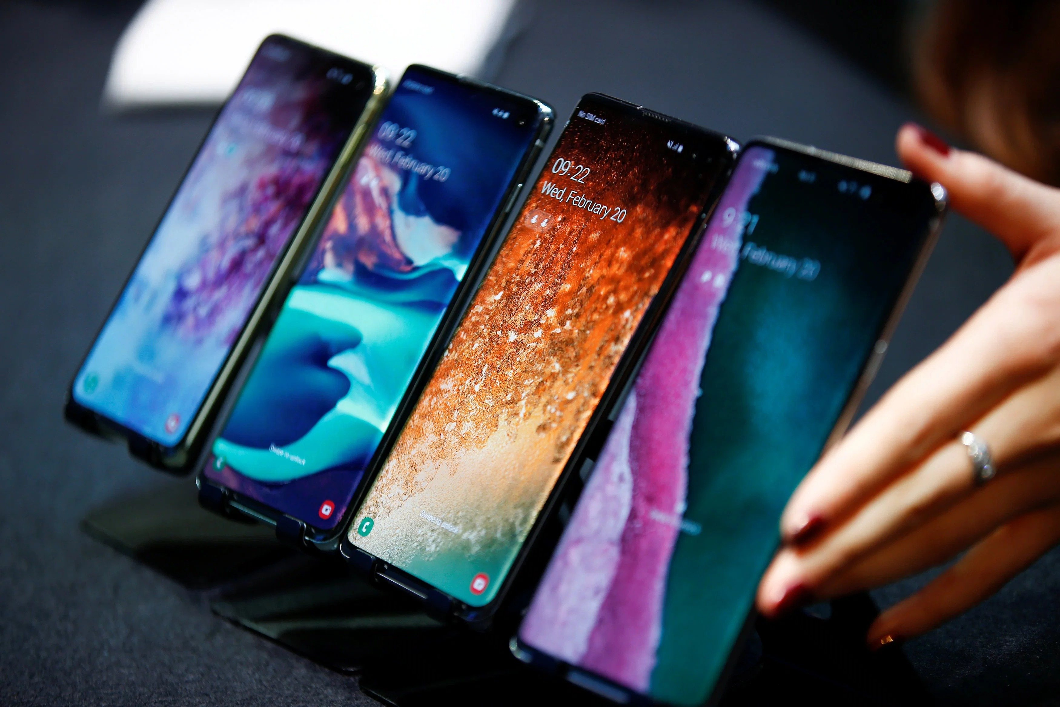 5 من أفضل الهواتف الاقتصادية لصيف 2021