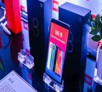 مقارنة بين Samsung Galaxy A8 و Xiaomi Mi 8