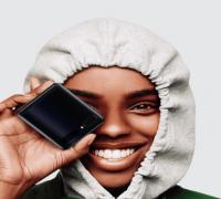 المراجعة الاولية لهاتف سامسونج القابل للطي الجديد Samsung Galaxy Z Flip
