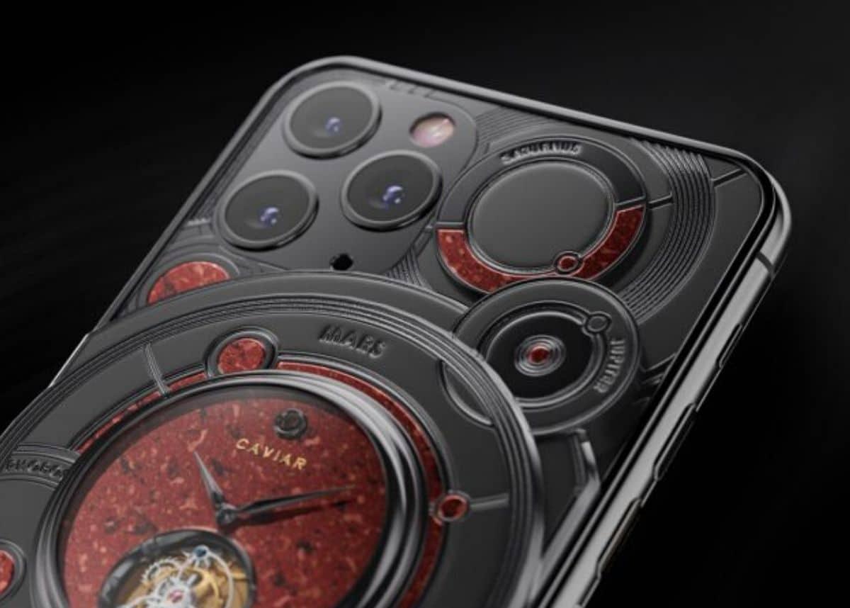 الكشف عن أغلى هواتف iPhone 11 Pro المغطى بنصف كيلو من الذهب
