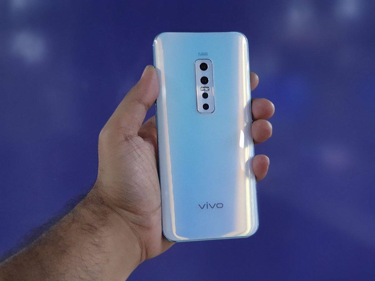مزايا وعيوب هاتف الكاميرا المنبثقة من الأعلى Vivo V17 Pro