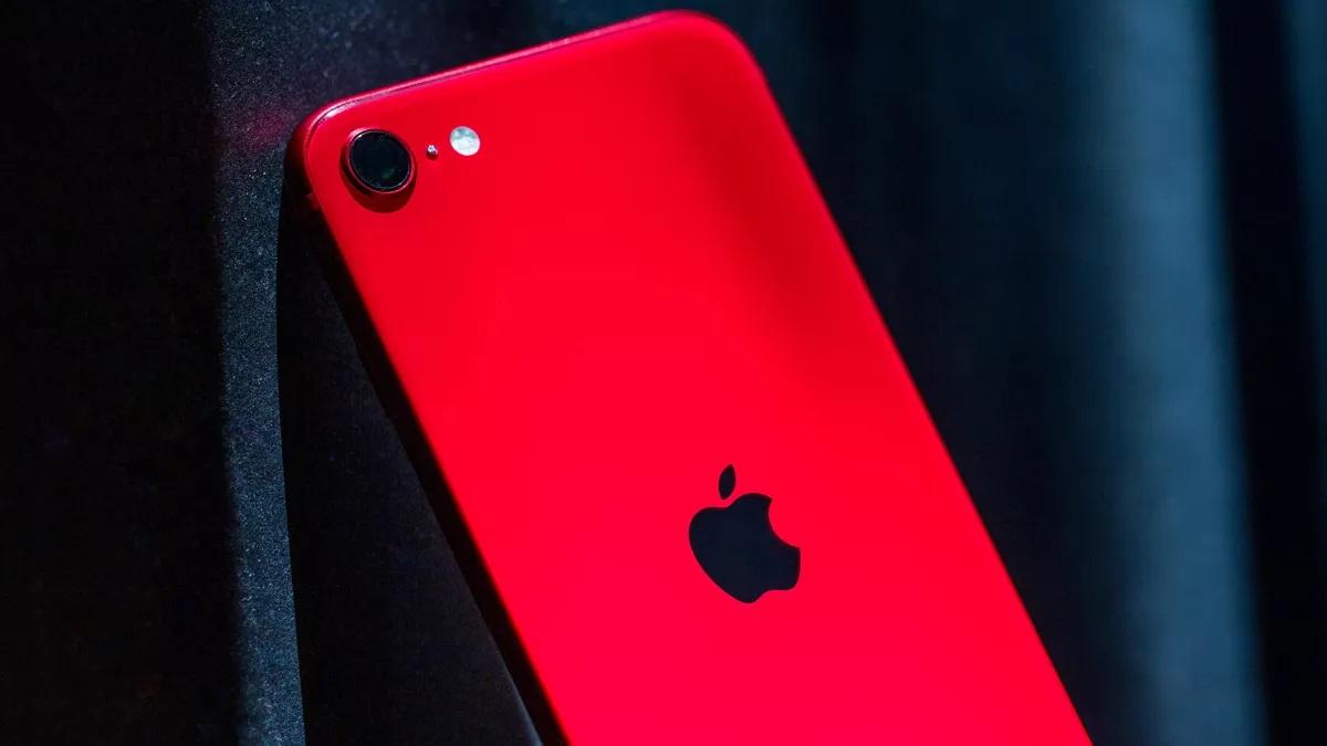 مزايا وعيوب هاتف Apple مدمج التصميم الجديد iPhone SE 2020